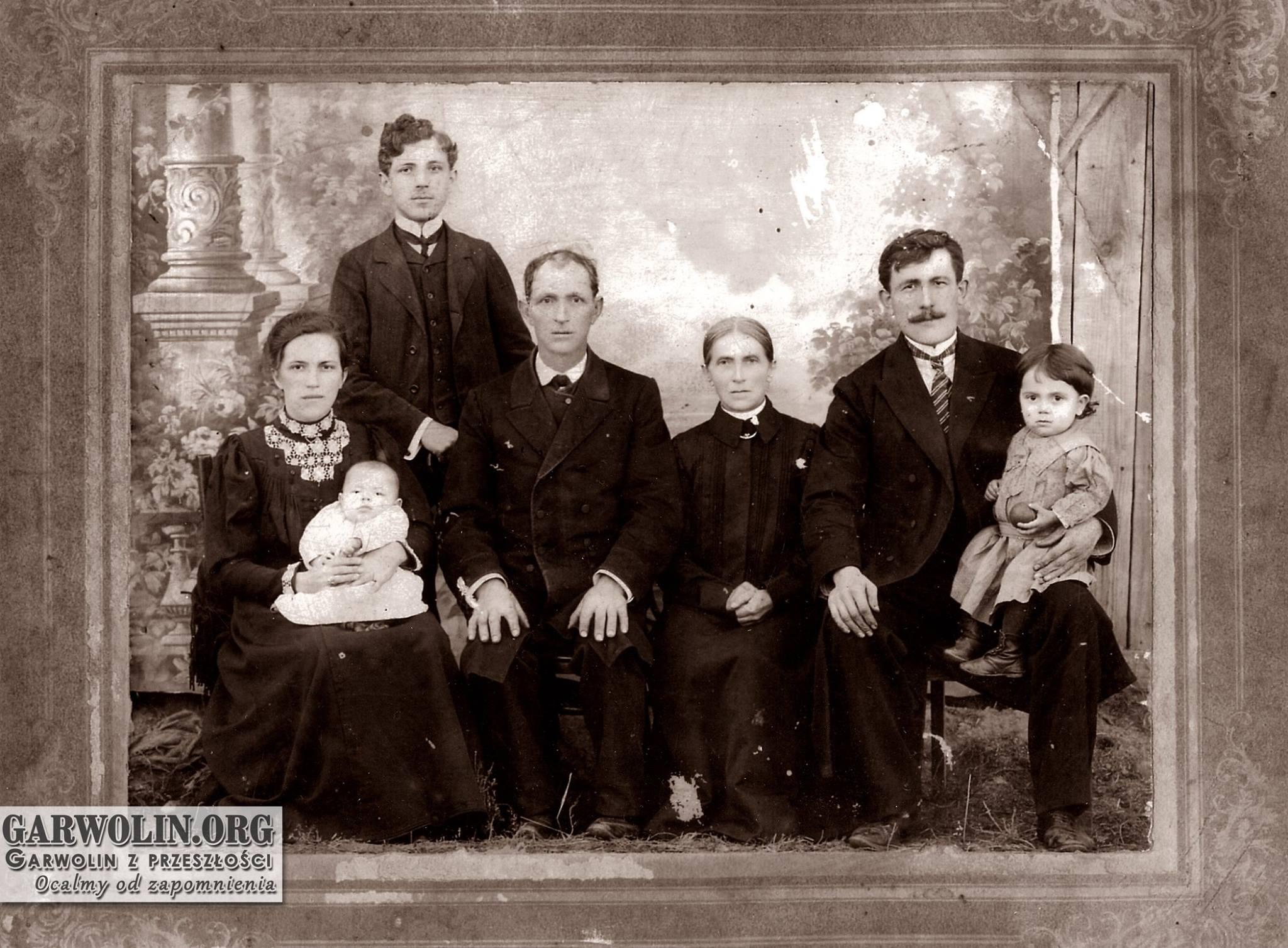Rodzina Koronów z Garwolina