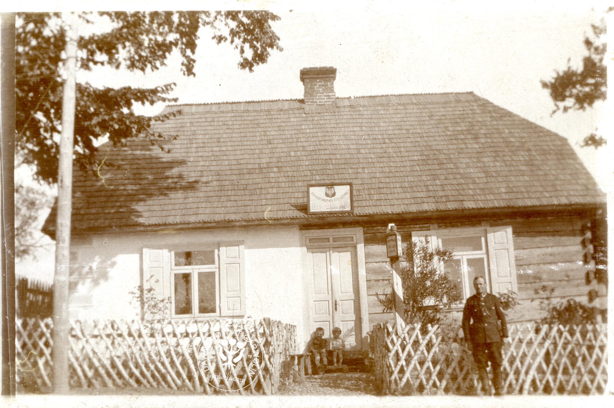Posterunek Policji Państwowej w Ułężu