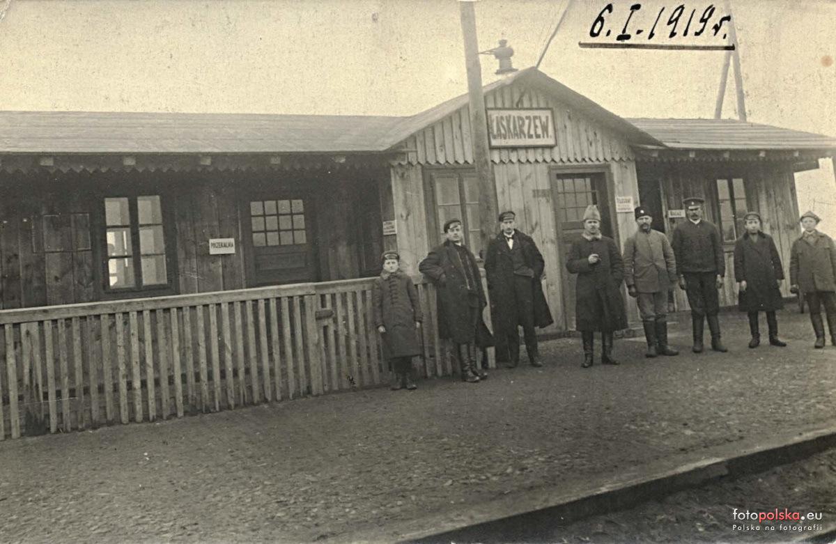 Stacja kolejowa w Łaskarzewie 1919 r