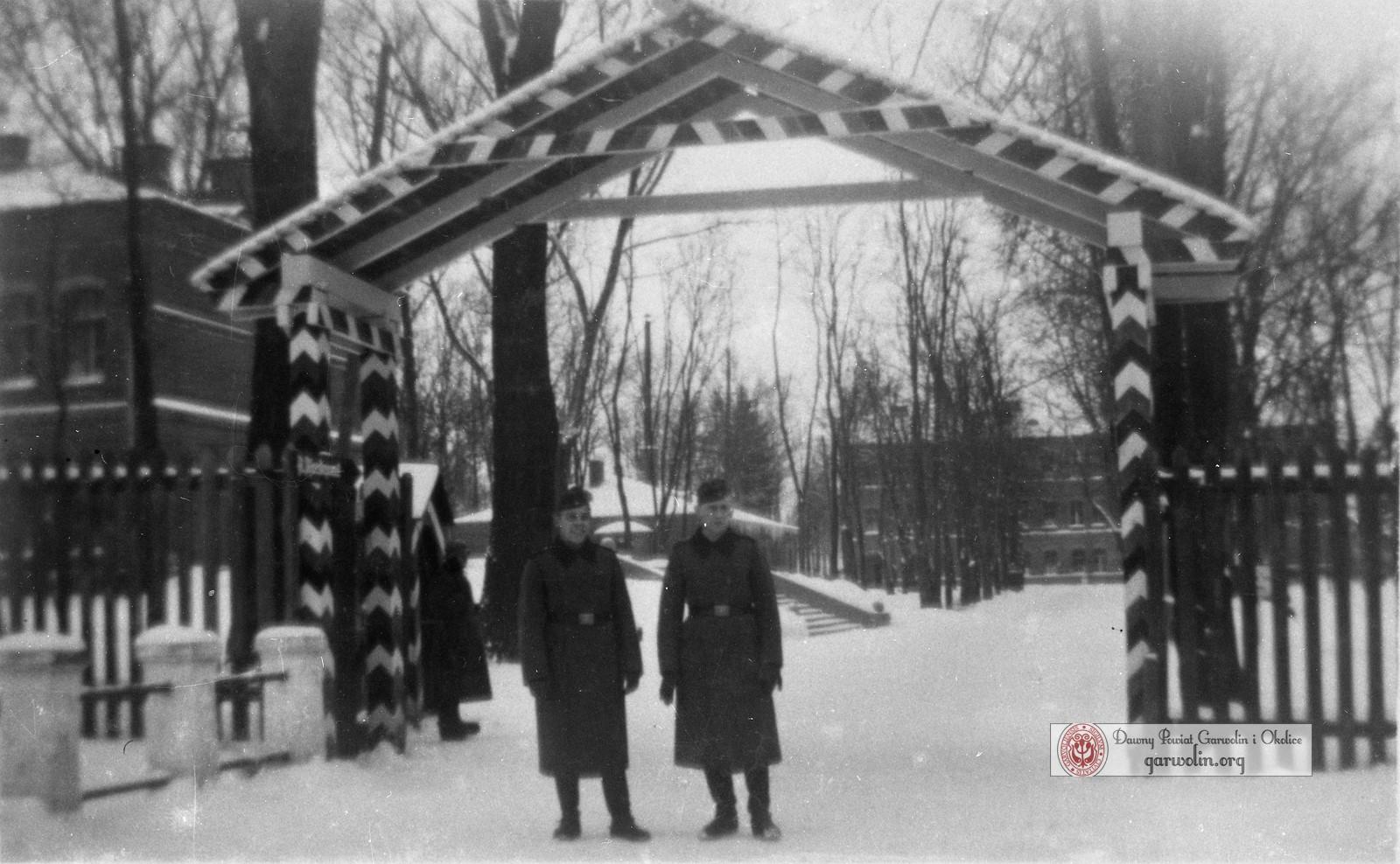 Niemcy w Koszarach