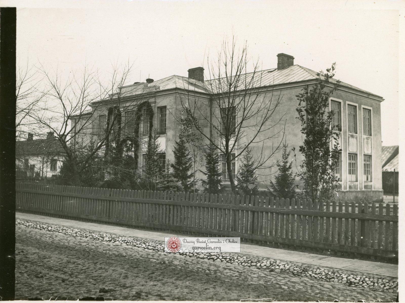 Szkoła na Długiej w latach 30-tych