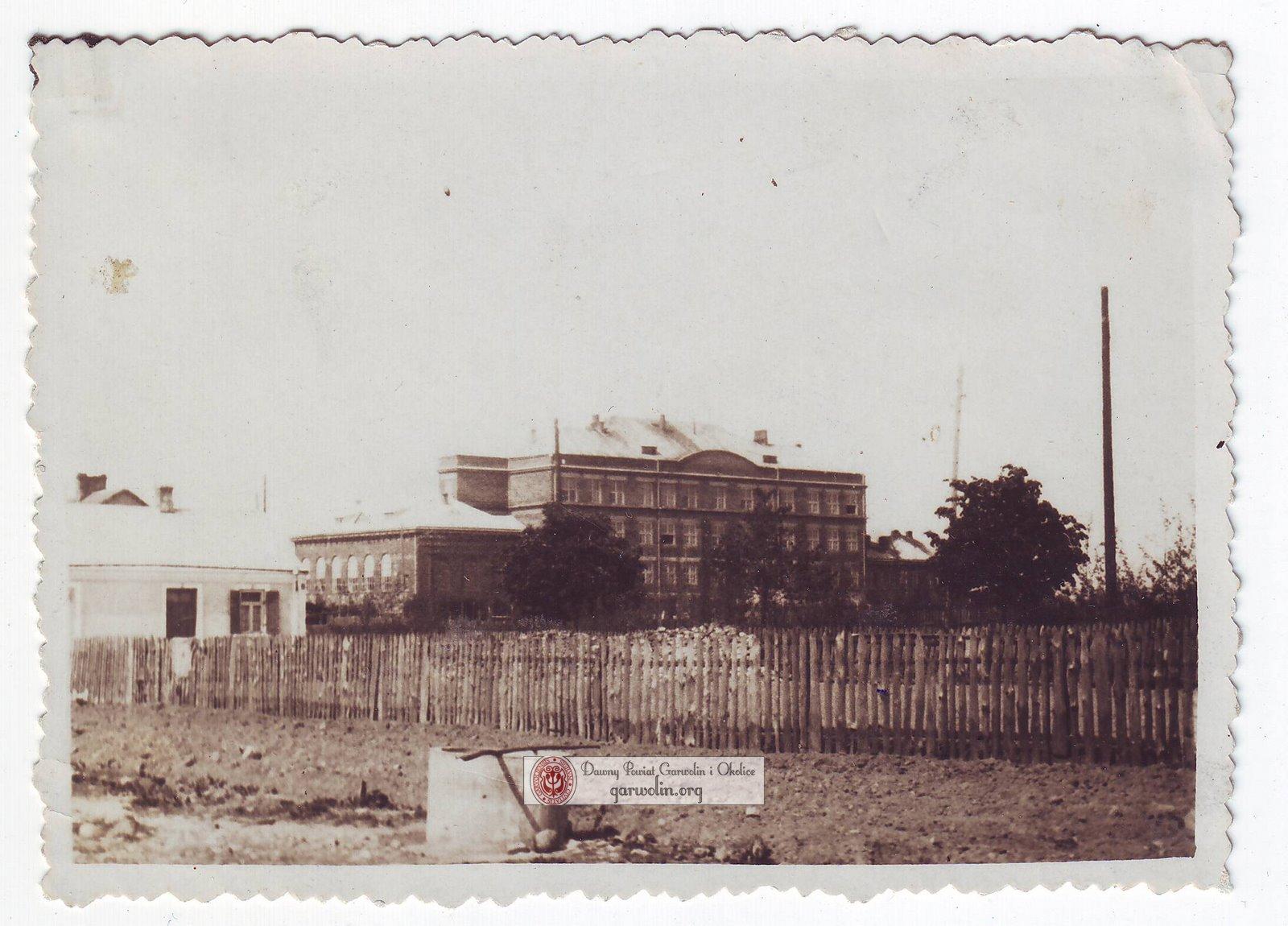 Gmach szkoły nr 1 w czasie okupacji