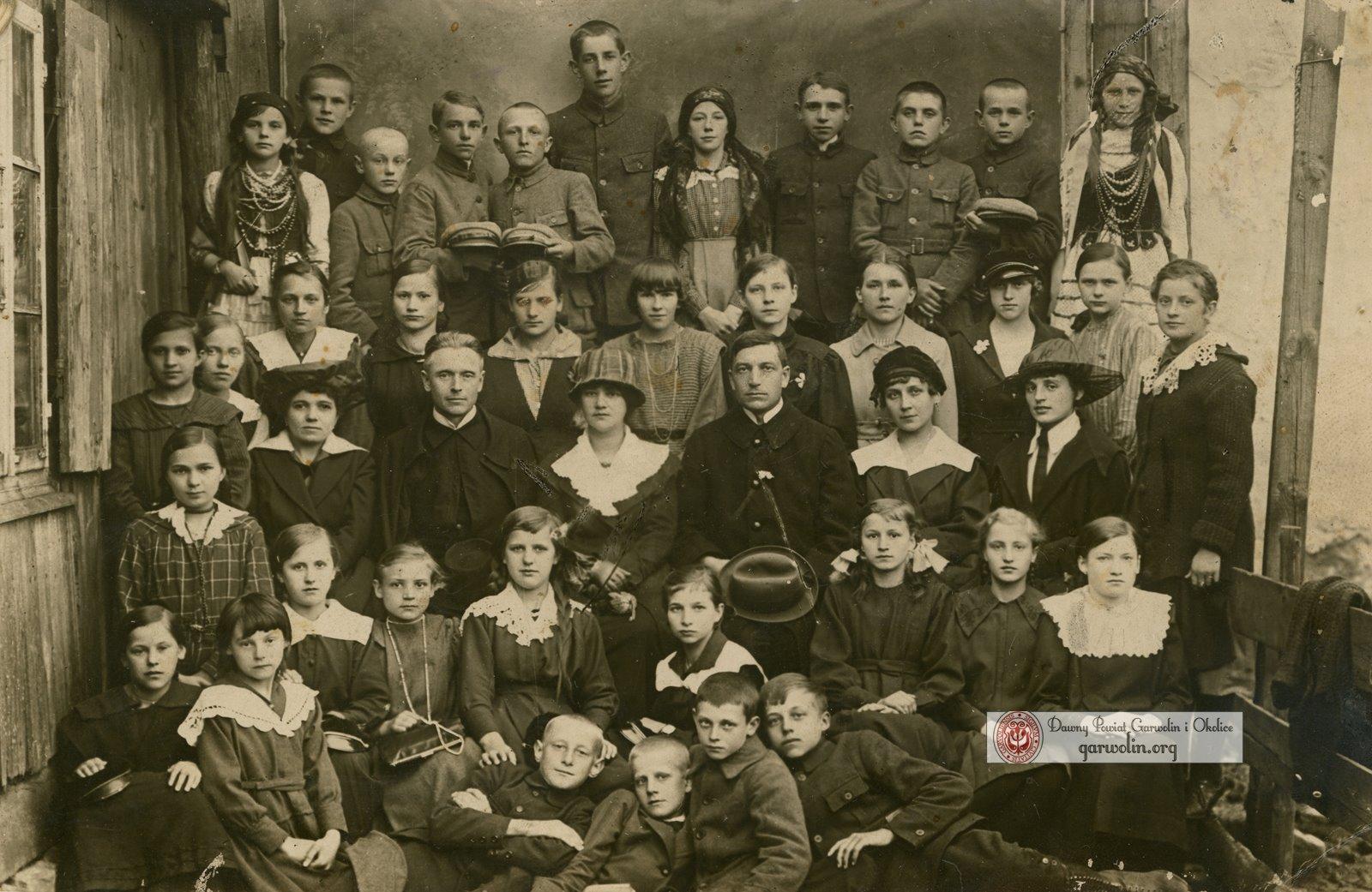 Szkoła Powszechna w Garwolinie 1920-1921